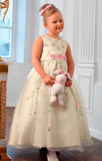 c412005acc1 Модные фасоны платьев на девочку 10 лет. Платья для полных девочек — советы  и рекомендации по выбору фасонов